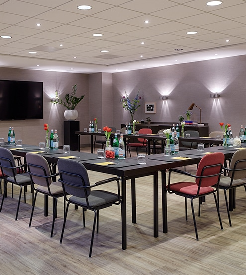 hotel-park-centraal-amsterdam-meeting-room-paris-u-shape-setup