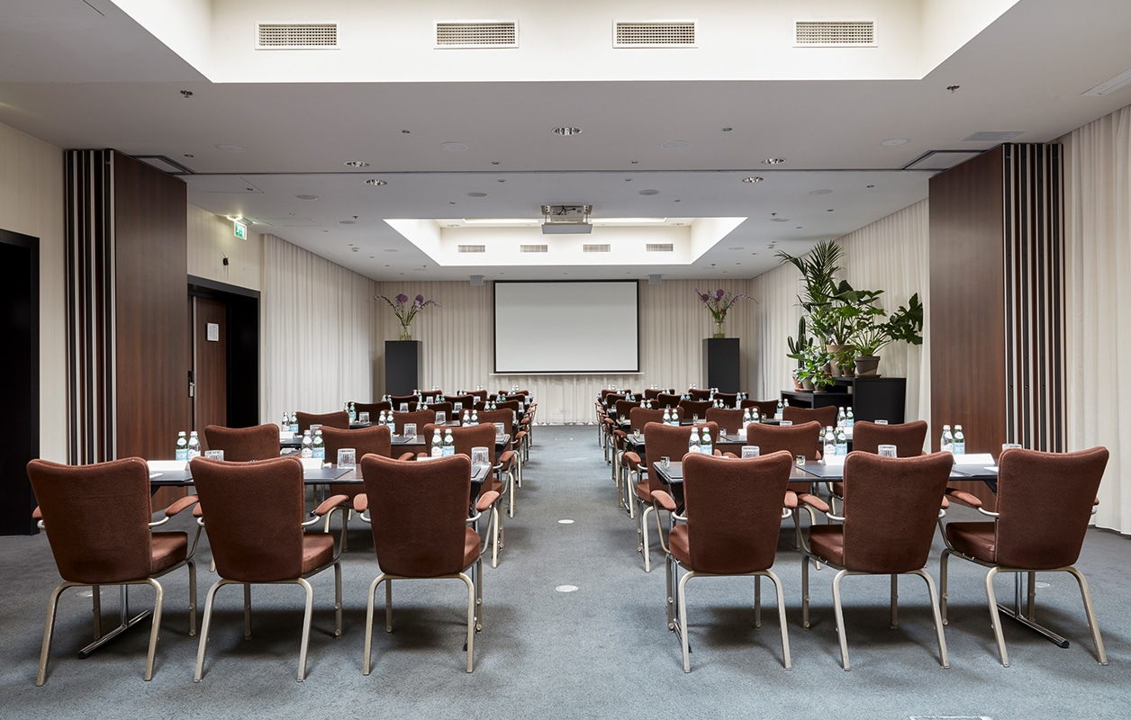hotel-park-centraal-amsterdam-meeting-room-new-york-school-setup