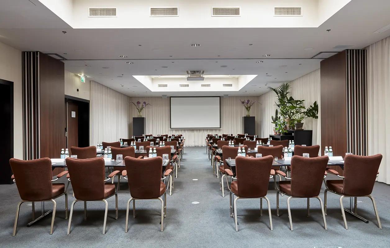 628x400-Amsterdam-MeetingsEvents-NewYork-12-1