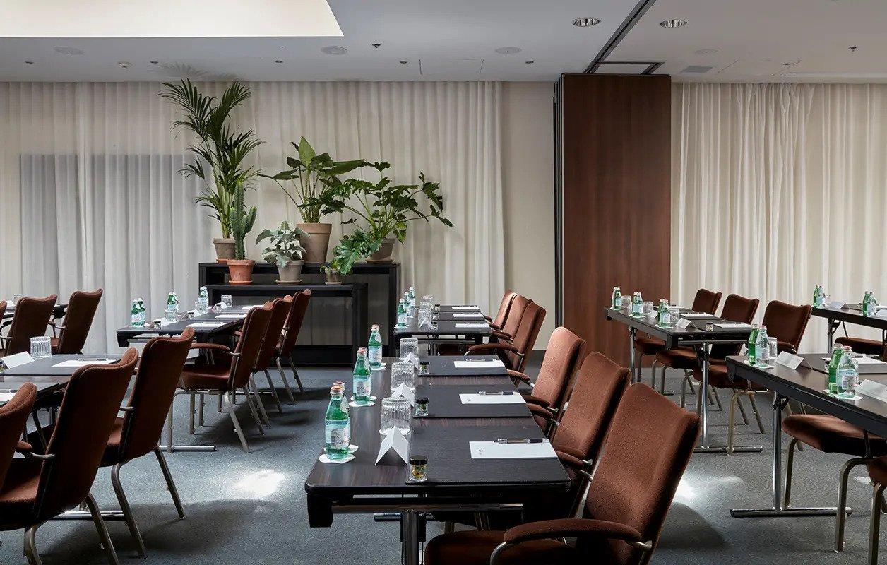 628x400-Amsterdam-MeetingsEvents-NewYork-12-3