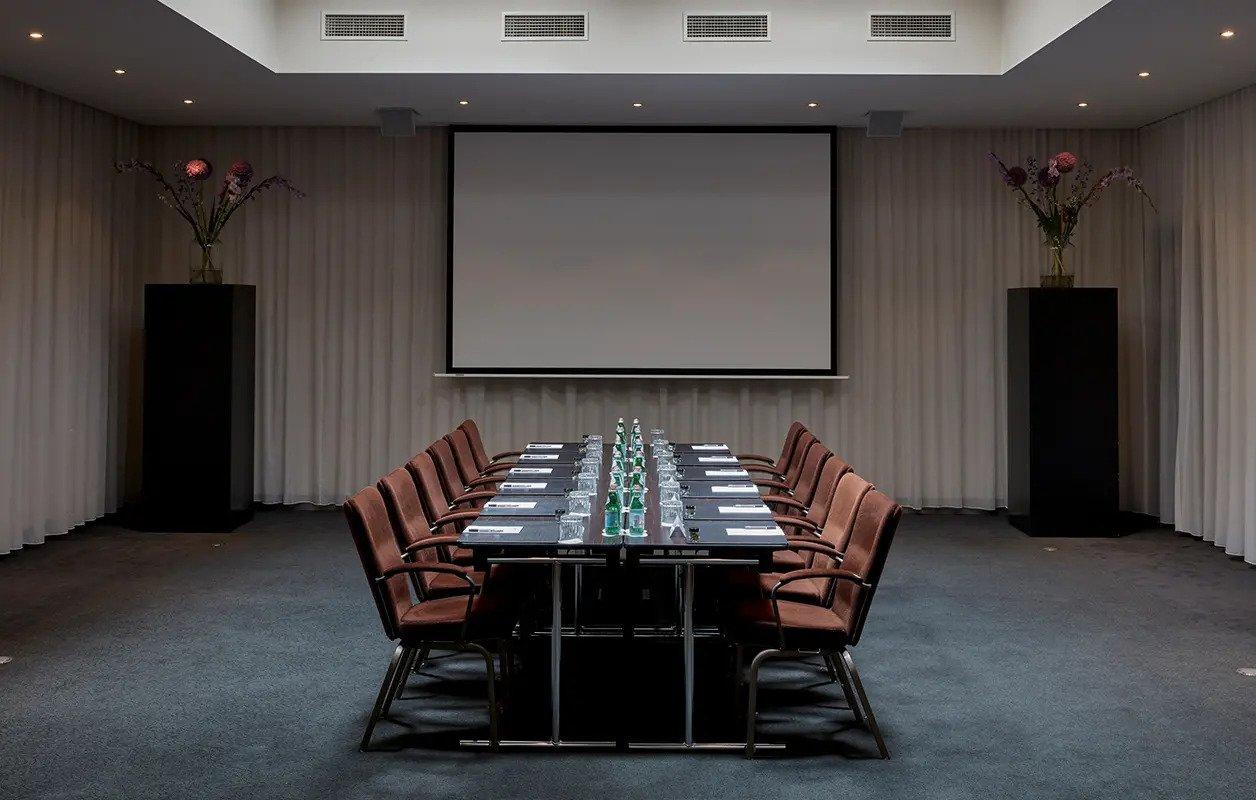 628x400-Amsterdam-MeetingsEvents-NewYork-12-4
