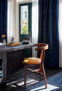208x307-Amsterdam-Rooms-Detailed-Junior-Suite-ImageRight